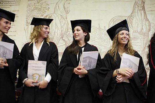 """Premio """"L'Europa che sarà – edizione 2021"""" per tesi di Laurea Magistrale (2° ciclo) o Laurea Magistrale a ciclo unico, per fini di addestramento professionale"""